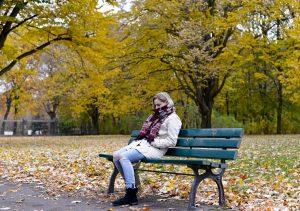 Pocit samoty škodí našemu fyzickému i psychickému zdraví a rozhodně nám k dosažení vyššího věku nepříspívá.