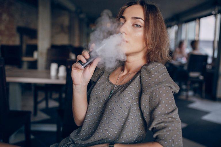 5 + 1 dobrých důvodů, proč típnout i e-cigaretu
